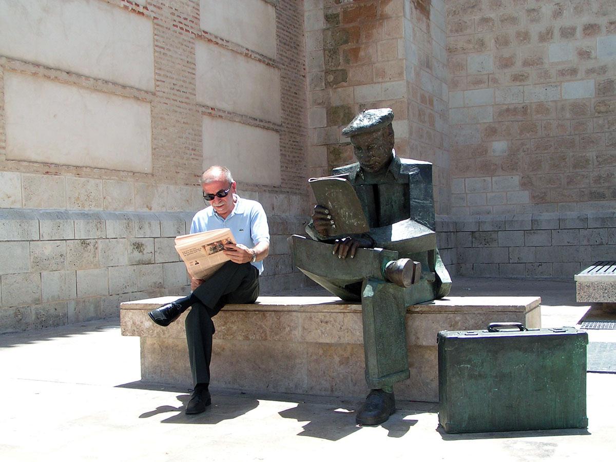 Poeta Juan Alcaide